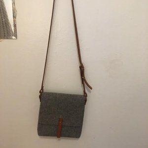 Grey tweed cross-body purse
